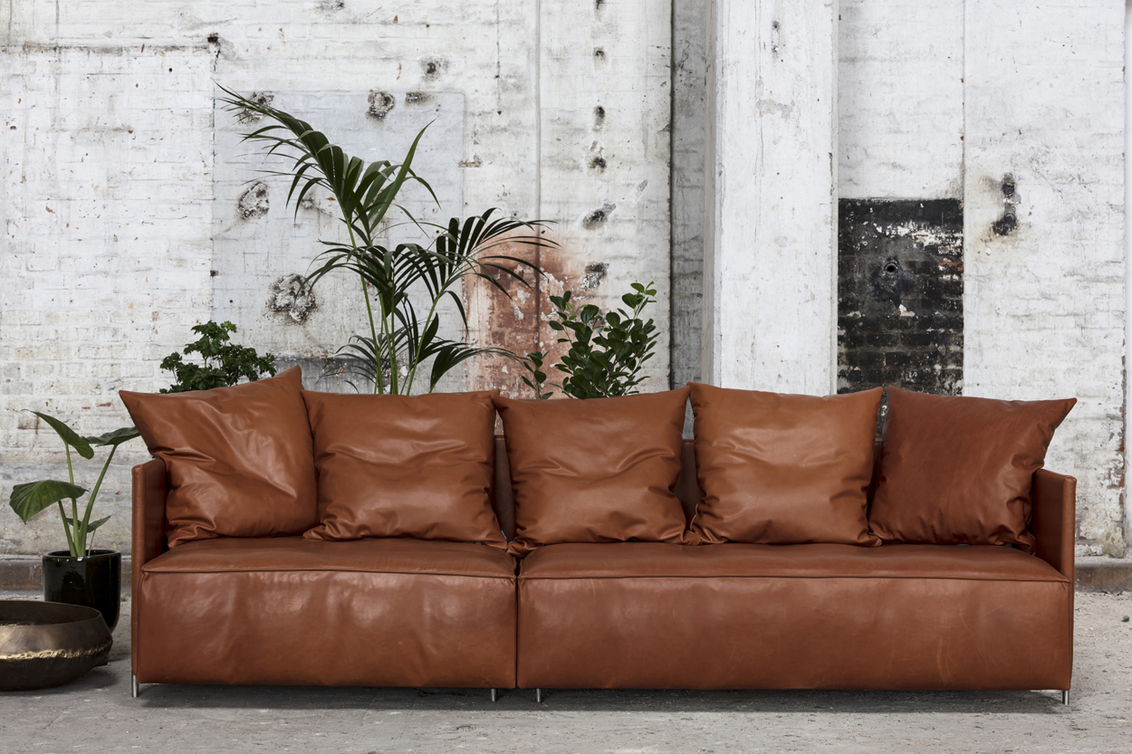 Pado brown leather lifestyle - Bent Hansen - ARERA
