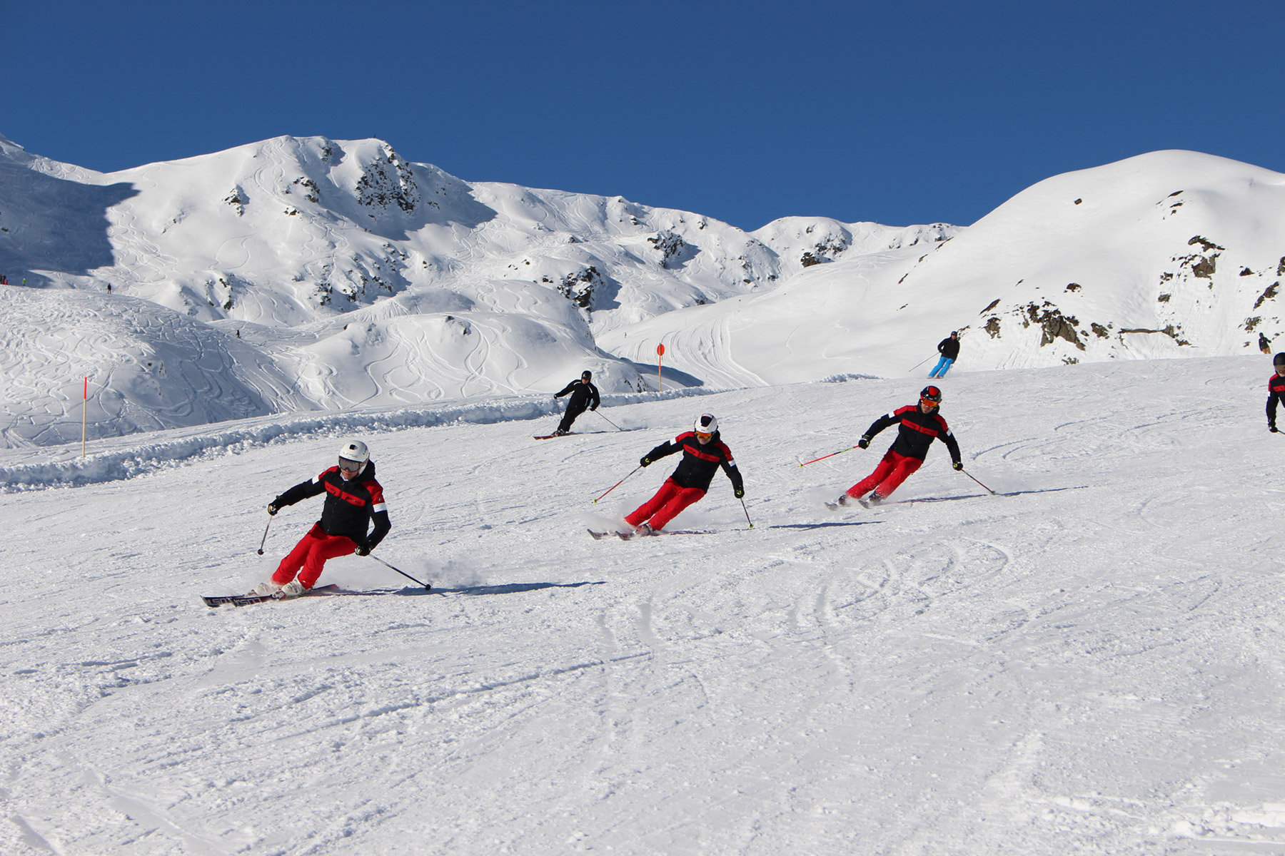 Carving - LUSTi Ski